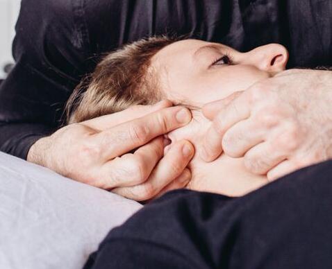 Traitement de l'articulation temporo-mandibulaire